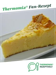 Käsekuchen Cheesecake from Thermomix recipe development. A Thermomix ® recipe from the Baking Sweet category www.de, the Thermomix® Community. Cheesecakes, Cake Pops, Quiche, Deserts, Food And Drink, Yummy Food, Yummy Recipes, Sweets, Baking