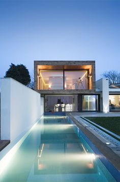 Me gusta esta perspectiva para la casa en la playa!!!   Pennard House, Swansea, by Hyde & Hyde Architects