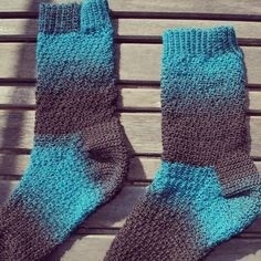 featherandthread crochet socks - Believe it or not--these are crocheted socks!