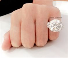 Round diamond ring 12.76 carat/Jcolor/VVS1