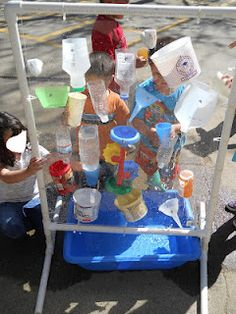 Water wall for outdoor play, preschool water day Sensory Activities, Sensory Play, Activities For Kids, Sensory Garden, Outdoor Play Spaces, Outdoor Fun, Just Kids, Water Walls, Outdoor Classroom