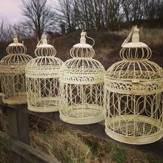 Identical in style to the large and small bird cages these are the most commonly used for wedding table centre pieces. Measuring 46cm tall these come in sets of 4 for £16