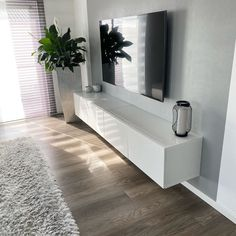 Hello everyone 🤗 We enjoy our vacation to the fullest ☀️ You wish . - Hello everyone 🤗 We enjoy our vacation to the fullest ☀️ I wish you a great day 🤗. Apartment Interior, Apartment Design, Apartment Living, Ikea Interior, Modern Apartment Decor, Living Room Decor Cozy, Home Living Room, Modern Small Living Room, Living Room Colors