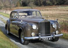 1959 Rolls-Royce Silver Cloud I Saloon Bentley Rolls Royce, Rolls Royce Cars, Retro Cars, Vintage Cars, Antique Cars, Rolls Royse, Rolls Royce Silver Cloud, Automobile, Best Classic Cars