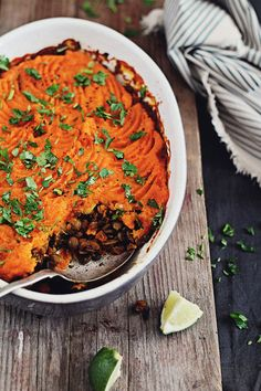 Vegan Shepherd's Pie - lentils and sweet potatoes |The Awesome Green|