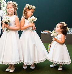 Simple O-Neck Stain Flower Girl Dresses For Wedding Pageant Dresses For Little Girls Vestido De Daminha Kids Evening Gowns White Flower Girl Dresses, Little Girl Dresses, Flower Girls, Flower Girl Bouquet, Satin Flowers, Pageant Dresses, Party Dresses, White Satin, Dream Dress