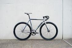 http://store.brotures.com/new-custom/cinelli-mash-bolt-basic-custombike.html
