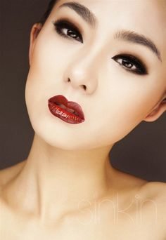 mature look, smokey eyes & red lips - I like this look, but (maybe it's the lighting) it looks a little geisha-ish
