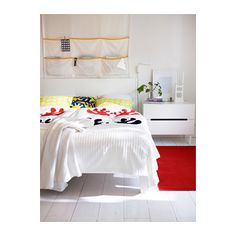 Refresh your bed when selling your home with a simple duvet cover & some new shams. Always something new at IKEA! ÄNGSSPIRA duvet cover and pillow cases. Ikea Bedroom, Bedroom Storage, Diy Bedroom Decor, Diy Home Decor, Wall Decor, Living Room Plan, Small Bedroom Designs, Diy Pillows, Modern Bedroom