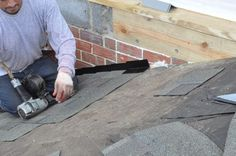 How to Shingle a Roof pics, Pro tips, Recommendations) Roof Flashing, Ice Dams, Architectural Shingles, Roof Installation, Diy Home Repair, Roofing Contractors, Diy Home Improvement, Sheds, Dyi