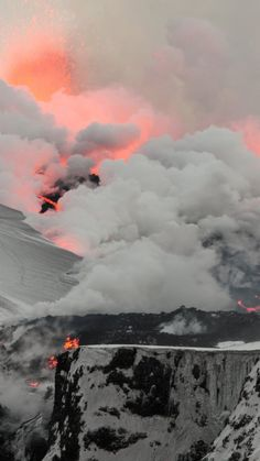 Snow+and+lava_1080x1920.jpg (1080×1920)