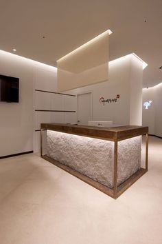 Office Interior Design Ideas Modern is certainly important for your home. Whether you choose the Office Design Corporate Interiors or Corporate Office Design Workspaces, you will make the best Home Office Design Modern for your own life. Corporate Office Design, Office Reception Design, Modern Office Design, Corporate Interiors, Office Interior Design, Office Interiors, Interior Design Inspiration, Office Designs, Design Ideas