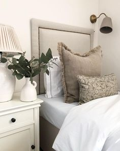 """Katarina / Kiki & Bow on Instagram: """"Really pleased with the colour palette in our spare twin bedroom. Not that it varies that much from the rest of the house but being the…"""" Girl Bedroom Designs, Master Bedroom Design, Girls Bedroom, Couple Bedroom, Design Room, Bedroom Decor For Small Rooms, Room Decor Bedroom, Modern Bedroom, Bedroom Ideas"""