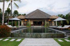 Vakantiehuis huren op Bali, 2 - 10 persoons vakantievilla met zwembad aan zee in Lovina Ons vakantiehuis aan het strand van Lovina Beach, Noord Bali is te huur. Het vakantiehuis bestaat uit ...