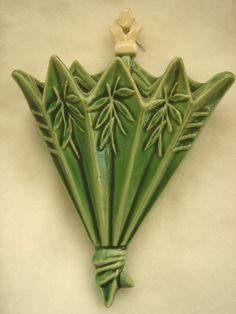 Vintage McCoy Green Umbrella Pocket Wall Vase by Vallysdeals, $75.00