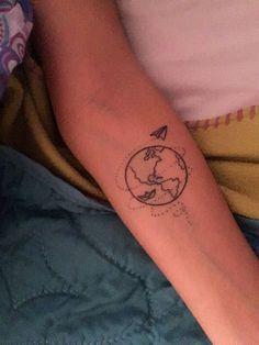 ideas travel tattoo compass ideas for 2019 Mini Tattoos, Little Tattoos, Trendy Tattoos, Cute Tattoos, Body Art Tattoos, New Tattoos, Tattoos For Women, Tatoos, Tattoo Art