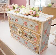 Cabinet. So pretty!