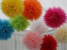 eskuvoi dekoracio fooldal csinald magad eskuvo , papír pompon esküvői dekorációk papírból DIY papír pompon DIY esküvői dekoráció