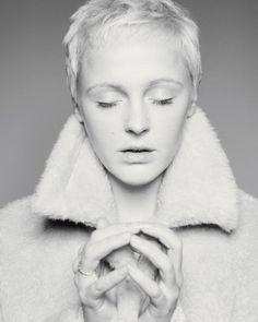 Laura Marling: goddess.