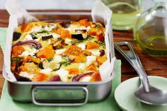 Roasted pumpkin, spinach and feta slice Vegetable Dishes, Vegetable Recipes, Vegetarian Recipes, Healthy Recipes, Vegetable Bake, Vegetable Slice, Pumpkin Recipes Savoury, Vegetarian Cooking, Roast Vegetable Frittata