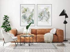 Kunst av norske illustratør og kunstner Linda Skaret. De originale kunstverkene som disse bildene er basert på er laget av alkoholblekk. Det er et flytende medium som gir et spennende og levende uttrykk, med mange flotte detaljer. De moderne og abstrakte motivene gir rommet en unik og personlig touch. Canvas Frame, Canvas Wall Art, Wall Art Prints, Real Simple, Floating Frame, Living Room Interior, Oil Painting On Canvas, Picture Frames, Interior Design