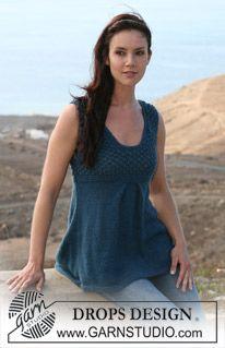 "DROPS dress in stockinette st and berry pattern in ""Silke-Alpaca"". Size S-XXXL ~ DROPS Design"