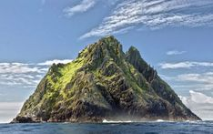 Best places to see in Ireland. Here are 27 of the top places to visit in Ireland. Ireland attractions, natural heritage, castles, live music and Ireland Pictures, Images Of Ireland, Belfast, Wild Atlantic Way, Photo Souvenir, Excursion, Tourist Trap, Filming Locations, Travel Images