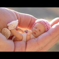 "Tiny OOAK Baby Art Doll sculptures ""Silver Dimples Nursery"" of Polymer Clay Creations. Reborn Dolls, Ooak Dolls, Reborn Babies, Art Dolls, Polymer Clay Sculptures, Polymer Clay Dolls, Polymer Clay Creations, Dollhouse Dolls, Miniature Dolls"