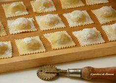Gnocchi, Cannelloni, Pasta Maker, Fusilli, Italian Cooking, Relleno, Biscotti, Finger Foods, Apple Pie