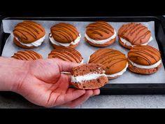 20 minut a 1 vejce vám stačí na nejchutnější čajové sušenky| Cookrate - Czech - YouTube No Cook Desserts, Cookie Desserts, Thing 1, Biscotti, Pancakes, Muffin, Sugar, Meals, Baking