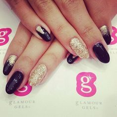 Be sure to enter our Mother's Day GIVEAWAY to win FREE nails or toes at the Fashion Place Mall! Just follow @glamourgels repost this pic with #iwantgels and comment below telling us why you love your mom. Winners will be announced Saturday. Good luck! #beauty #notd #nailart #glamourgels #mom