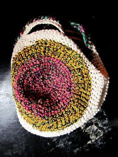 sexy 360 º Crochet Purse Patterns, Crochet Clutch, Crochet Handbags, Crochet Purses, Cotton Crochet, Love Crochet, Diy Crochet, Handmade Purses, Handmade Handbags