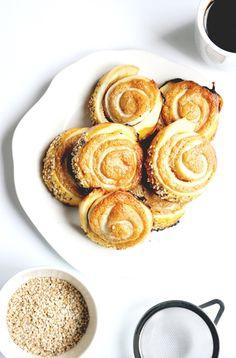 Elodie's Bakery: Sesame rugelach