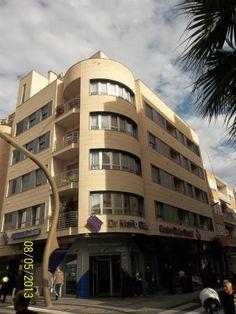 Edificio Carey. Calle Caballero de Rodas nº 30, Torrevieja, Alicante.