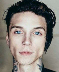 His eyes..❤️