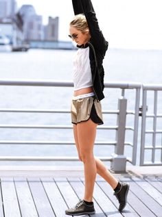 You make training look easy.  We make you look good.  The VS Running short & jacket.