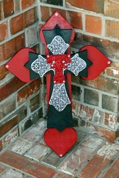 Arts And Crafts For 5 Year Olds Product Best Graduation Gifts, Grad Gifts, Diy Gifts, Diy Arts And Crafts, Creative Crafts, Texas Tech Game, T Craft, Texas Tech Red Raiders, College Gifts