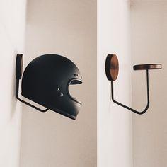 Porta capacete do Home office. Tipo esse