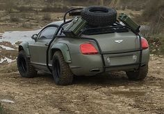 Military green off-road-outfitted Bentley Coupe. via Classy Bro Cool Sports Cars, Sport Cars, Cool Cars, Offroad, Kahn Design, Web Design, Auto Volkswagen, Audi, Porsche