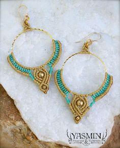 Macrame Earrings, Macrame Jewelry, Diy Earrings, Card Weaving, Jewelry Knots, Micro Macramé, Plastic Jewelry, Macrame Tutorial, Earring Tutorial