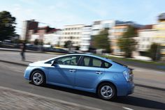 Find out which Toyota Prius model is the most successful. Fuel Efficient Cars, Toyota Prius, Success, Model, Scale Model, Models, Template, Pattern