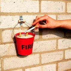 Mach dein Haus fit für den Frühling:  Aschenbecher Fire Bucket - Geschenke von Geschenkidee