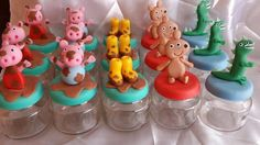 Pote de Doce Peppa Pig Peppa E George, George Pig, Pig Birthday, Birthday Parties, Aniversario Peppa Pig, Pig Party, Pasta Flexible, Party Themes, Biscuits