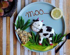 Moo moo by Cute Food, Good Food, Funny Food, Toddler Meals, Kids Meals, Plate Art, Food Decoration, Food Humor, Edible Art