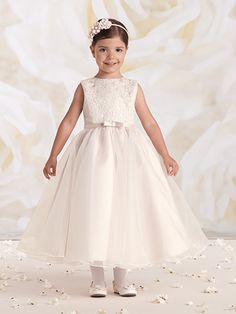 First Communion dresses in the Joan Calabrese Collection by Mon Cheri are available in ball gown, fit and flare, or A-line dress styles. Featuring traditional white dresses with sleeveless or short-sleeved options. Organza Dress, Ball Gown Dresses, Lace Dress, Wedding Flower Girl Dresses, Little Girl Dresses, Girls Dresses, Wedding Gowns, Mon Cheri, Little Girl Models