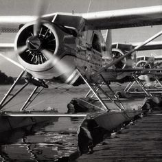 Lake Washington, Seattle, Washington, 1994 De Havilland Canada Beavers, Kenmore Air Harbor's Dock Photo: Gregg Munro / The Immortal Beaver by Sean Rossiter