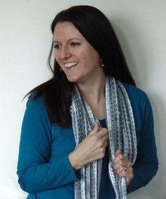 Modern Love Scarf by Cathy Black from City Farmhouse Studio - Crochet Pattern Bonanza All Free Crochet, Knit Or Crochet, Crochet Gifts, Crochet Scarves, Free Knitting, Loom Knitting, Crochet Shawl, Crotchet, Crochet Placemat Patterns