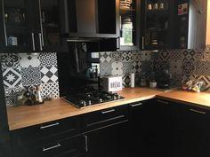 Cosy Kitchen, Kitchen Decor, Glass Kitchen, Kitchen Furniture, Kitchen Interior, Küchen Design, House Design, Black Kitchens, Bathroom Colors