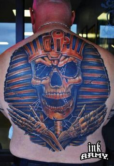 Skull tattoo J Tattoo, Tattoo Foto, Skull Tattoos, Tatoos, Great Tattoos, Awesome Tattoos, Mobile Art, Make Your Mark, Body Mods