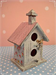 23 Clever DIY Christmas Decoration Ideas By Crafty Panda Bird Houses Painted, Bird Houses Diy, Fairy Houses, Birdhouse Designs, Birdhouse Ideas, Birdhouses, Fairytale Bedroom, Shabby Chic Cottage, Christmas Decorations To Make